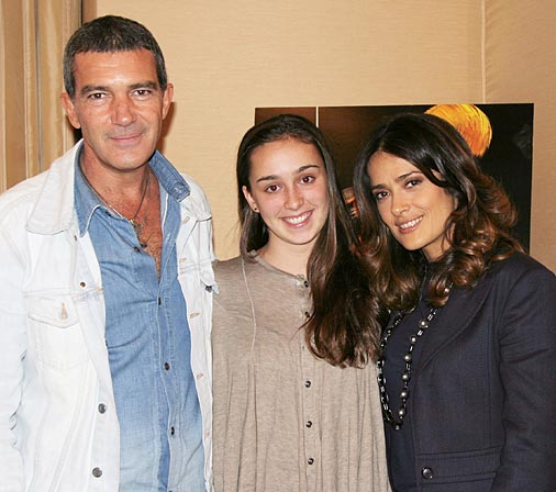 Antonio Banderas & Salma Hayek Interview – Puss In Boots